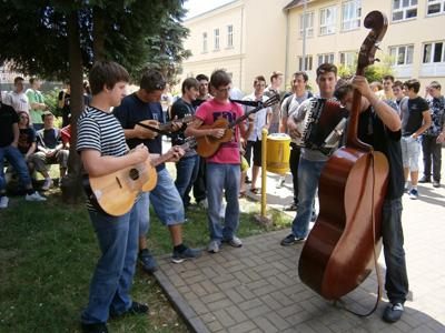Nastup školskog tamburaškog sastava
